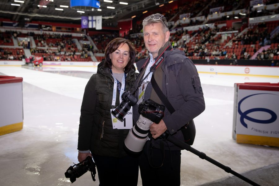 Patricia de Ley ja Richard Seijger viettivät kolme pitkää päivää jään reunalla Helsingin MM-kisoissa. Matka oli tällä kaudella jo kolmas Suomessa, he olivat paikalla myös Finlandia Trophyssa ja muodostelman toisessa valinnassa Tampereella.