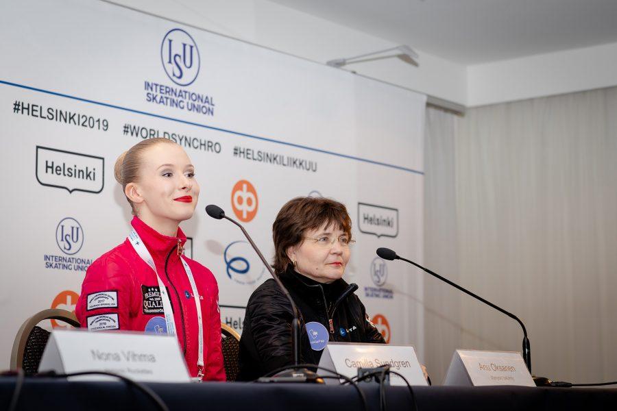 Marigold IceUnityn valmentaja Anu Oksanen ja kapteeni Camilla Sundgren