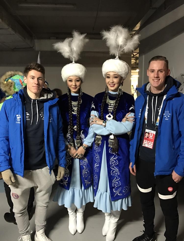 Bela Papp ja Matthias Versluis edustivat Suomen talviuniversiadeissa Kazakstanissa vuonna 2017.