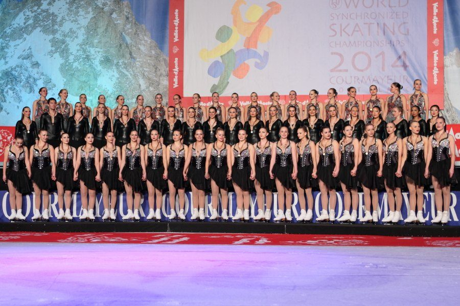 Ida Hellström juhli muodostelmaluiselun maailmanmestaruutta Italiassa vuonna 2014, Italiassa suomalaisriemu oli katossa, kun Marigold IceUnity sai kahdeksan vuoden tauon jälkeen kultaiset mitalit kaulaansa.