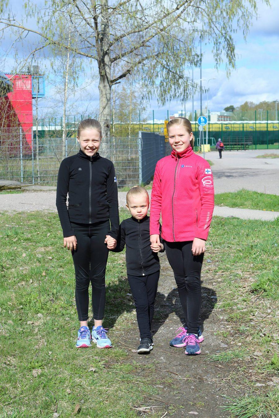Olivia, Aurora ja Iiris Lisko Kuva Sari Niskanen