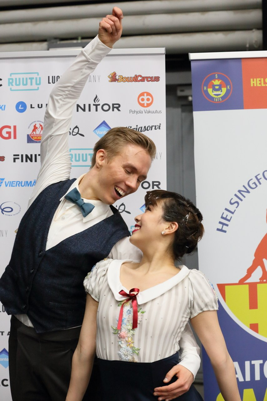 Yuka Orihara ja Juho Pirinen ennätysvauhdissa taitoluistelun SM-kilpailuissa 2020.