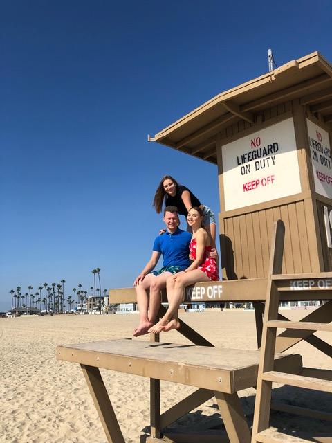Kilpailumatka Kalifornian lämpöön oli unohtumaton kokemus. Kilpailun lisäksi Lumineers vieraili Hollywoodissa, Beverly Hillsissä, Disneylandissa ja ehti myös viettää aikaa Los Angelesin upeilla rannoilla. Teemun kanssa rantaelämästä nauttivat joukkuekaverit Antonia Arrakoski ja Noora Solaranta.
