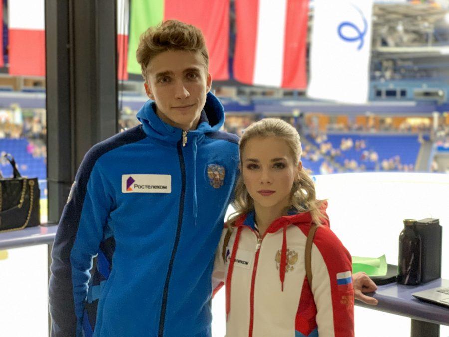 PSST! Alisa Efimova ja Alexander Korovin ovat päättäneet yhteisen taipaleensa pariluistelijoina.