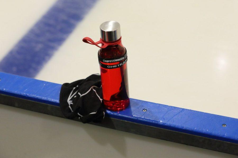 Taitoluistelijoiden paluu jäälle tapahtuu hiljalleen. Kuva Sari Niskanen