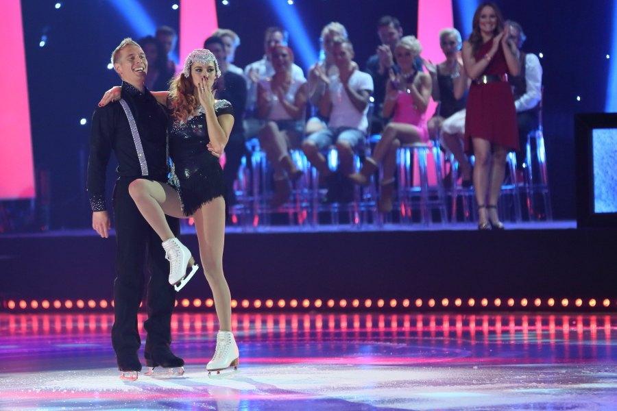 Ari-Pekka Nurmenkarin parina Dancing On Ice -kilpailussa oli Mia Ehrnrooth.