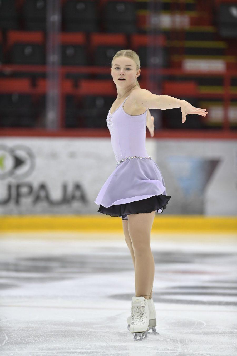 Nella Pelkonen sijoittui kolmanneksi juniorityttöjen 1. SM-valintakilpailun.