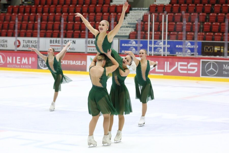 Team Unique luisteli valmentajansa Mirjami Penttisen mukaan hyvän harjoitusvedon.