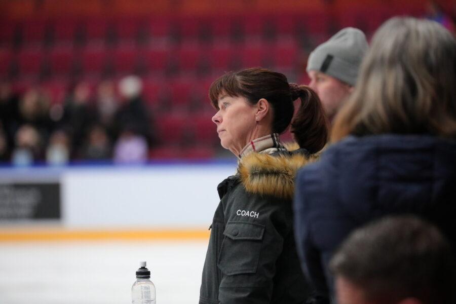 45 vuotta valmentaja toiminut Sirkka Kaipio täyttää 60 vuotta.