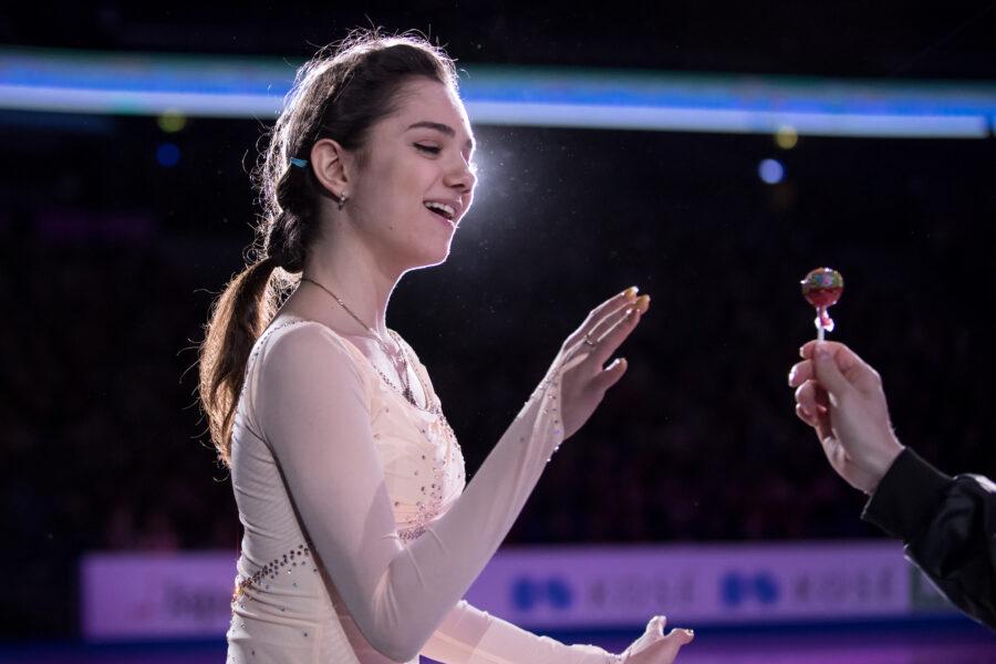 Antin tähänastinen suosikkikuva on Helsingin MM-kilpailun loppunäytöksessä otettu kuva maailmanmestari Evgenia Medvedevasta.