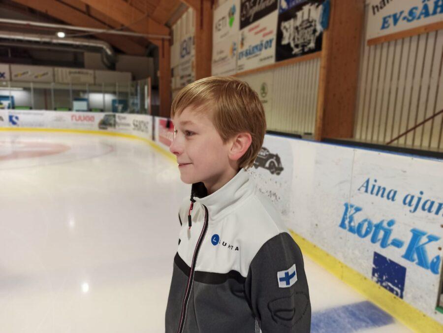 Matias Lindfors odottaa kuumeisesti jo pääsyä kilpailuihin.