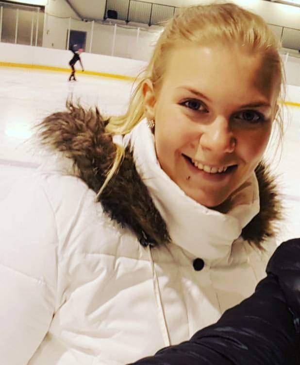 Rovaniemen Taitoluistelijoiden yksinluistelun päävalmentaja Anu Piltonen kertoo, että Sissin kilpailuohjelma suunnitellaan niin, että hän pääsee molemmissa lajeissaan tärkeimpiin kilpailuihin.