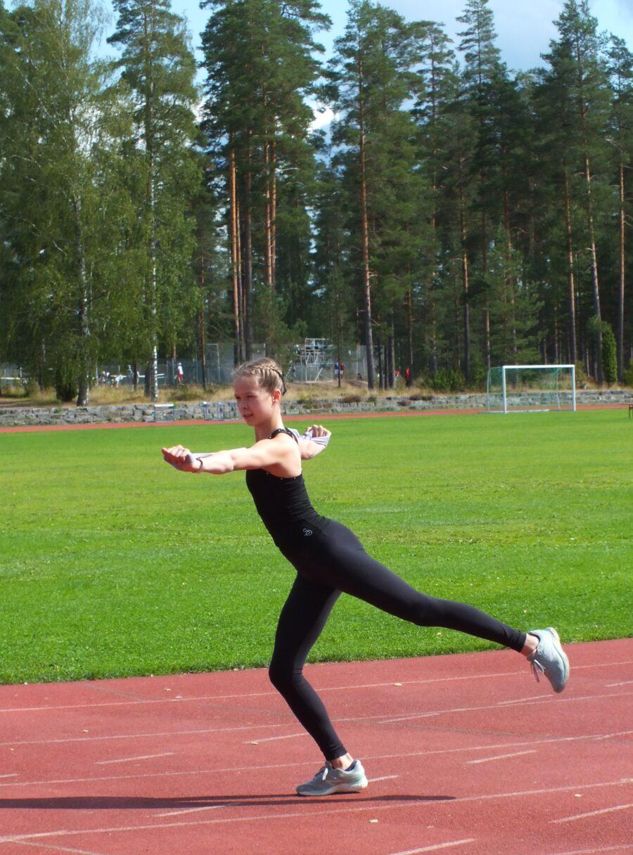 Helsingin Taitoluisteluklubia edustava Pihla Bergman maajoukkueen katsastusleirillä Vierumäellä.